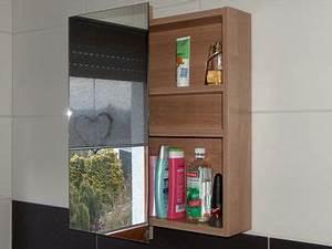 Hängeschrank Für Badezimmer : einrichtung f r ein badezimmer ~ Whattoseeinmadrid.com Haus und Dekorationen