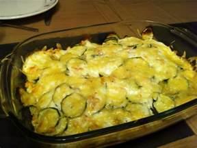 gratin de courgettes au saumon recette de gratin de courgettes au saumon marmiton