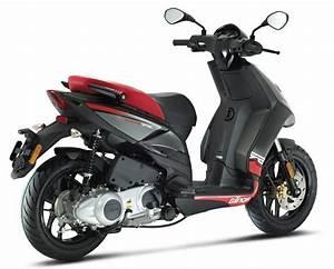 Aprilia Sr 125 : 2014 aprilia sr motard 125 moto zombdrive com ~ Medecine-chirurgie-esthetiques.com Avis de Voitures