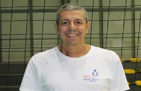 mauro mantovani libero volley ascoli progetto con la caritas per aiutare