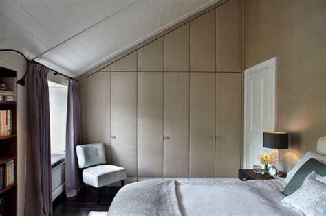 placard chambre mansard placard chambre mansarde chambre mansardee armoire
