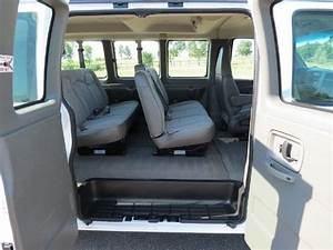 Find Used 2006 Chevrolet Express 1500 Awd 11 Passenger Van