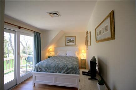 chatham village cape vacation rental bedroom lookout room