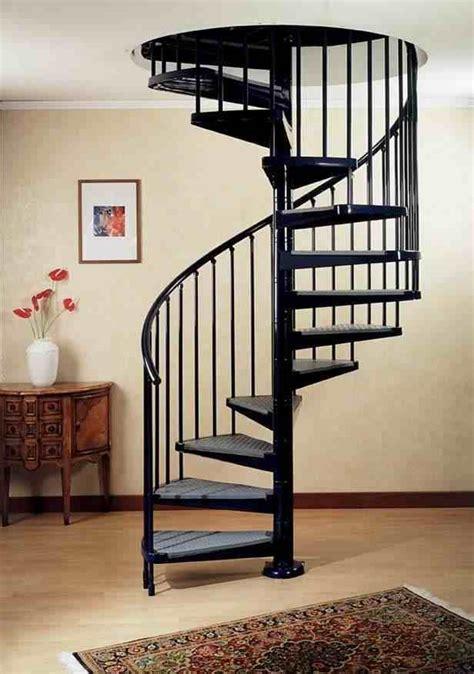 model tangga putar minimalis elegan interior rumah