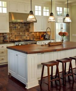 Kitchen Island with Curved Top