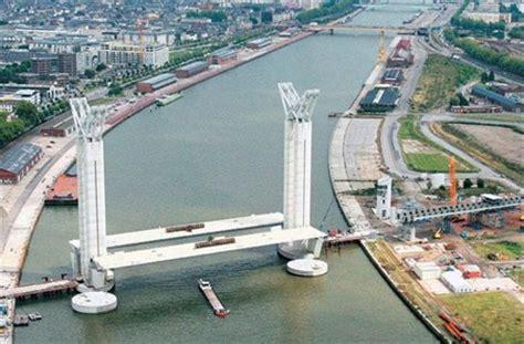 portee d un pont rouen 76 un pont levant pour la cit 233 rouennaise