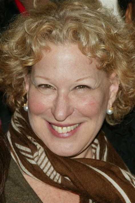 Bette Midler  Photo Who2