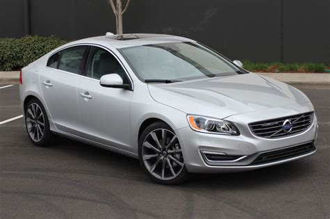 Future Volvo S60 by 2015 Volvo S60 Alfa Romeo Future Car Crash