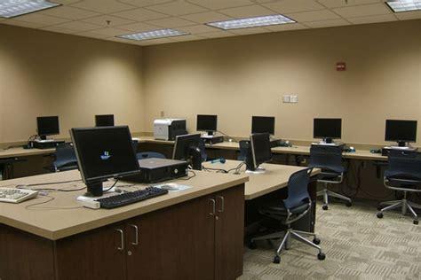 computer lab virtual  resource center  innovation