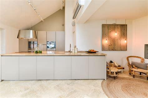 cuisine dans veranda cuisine salle a manger dans véranda îlot scandinavian kitchen other by ai concept