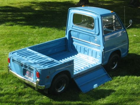 subaru sambar truck micro transporter 1969 subaru sambar bring a trailer