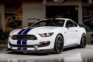 Video: Jay Leno Gives Rundown Of His 2015 Shelby GT350R