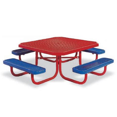 portable preschool picnic table 447 | PortablePreschool 2