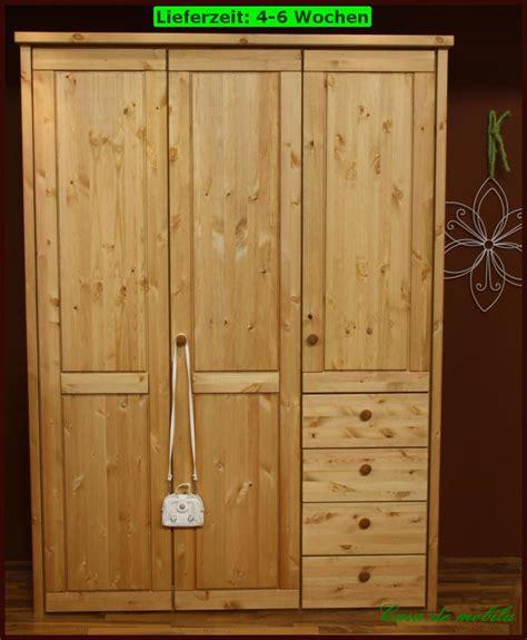 kleiderschrank massivholz kiefer massivholz kleiderschrank kiefer gelaugt ge 246 lt schlafzimmerschrank holz massiv ebay