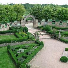 Best 25+ French Formal Garden Ideas On Pinterest French