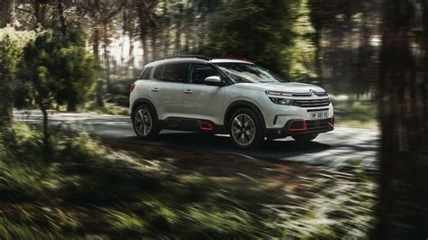 Citroen C5 Anime by Citroen C5 Aircross 2018 Wallpapers Hd Wallpapers Id