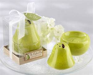 quotthe perfect pairquot salt pepper shaker bridal shower With salt and pepper wedding favors