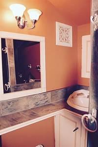 Salle De Bain 2016 : la salle de bain jaune plafond ~ Dode.kayakingforconservation.com Idées de Décoration