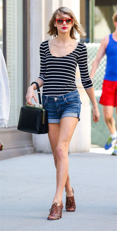 swift taylor shorts denim striped sunglasses street everyone height makes around casual shit jean jeans outfits york tall shirt outfit