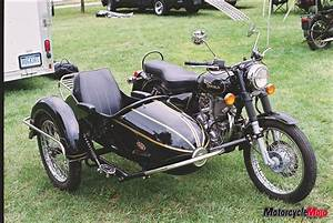 Sidecar Royal Enfield : classic bmw motorcycle and sidecar canada mojo magazine ~ Medecine-chirurgie-esthetiques.com Avis de Voitures