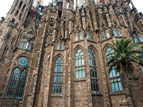 la sagrada familia la catedral de los pobres