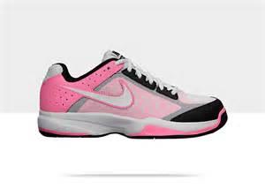 Nike Free Tennis Shoes Women