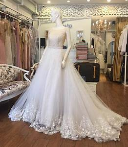 Wedding dresses in bangkok bridal shops in sukhumvit for Wedding dress store