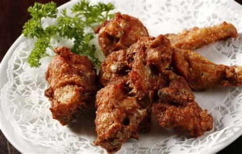 Resep homemade pangsit goreng garing. SURYA'S KITCHEN: RESEP MENU RAMADHAN: AYAM GARING