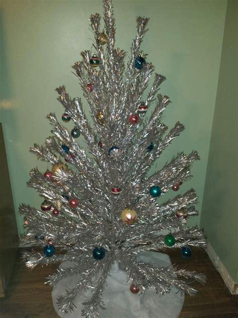 top 28 retro christmas trees aluminum vintage