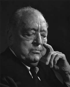 Ludwig Mies van der Rohe – Yousuf Karsh