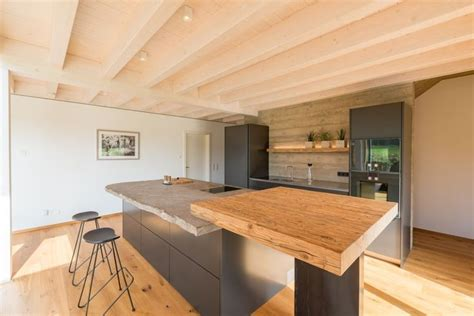 Inneneinrichtung Komplette Kueche Auf 4 Quadratmetern by Moderne K 252 Che Rustikal Grau Mit Holz K 252 Cheninsel