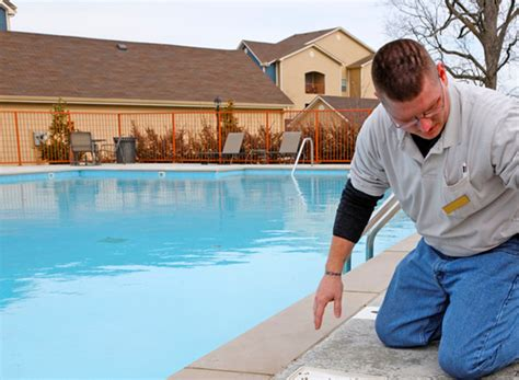 Do Home Inspectors Inspect Swimming Pools?