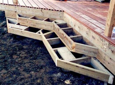 framing deck box steps    corner  angled