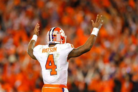 deshaun watson shrugs  dak prescott comparisons