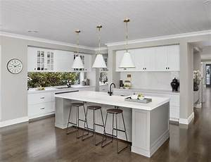 Guide To Contemporary Hamptons Kitchens