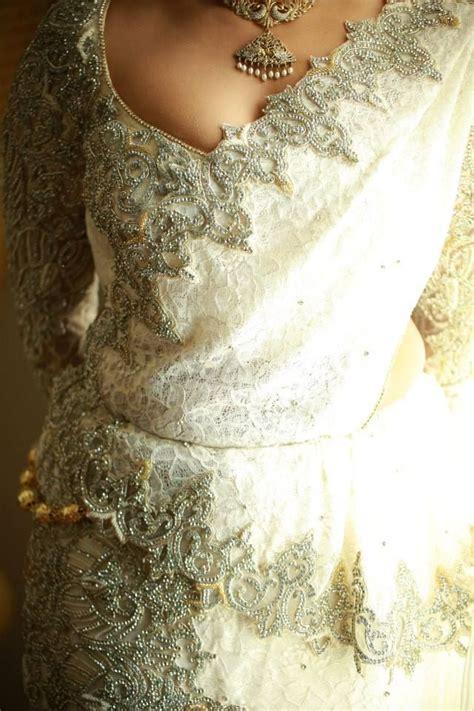 sri lankan wedding bridal saree weddings srilankan