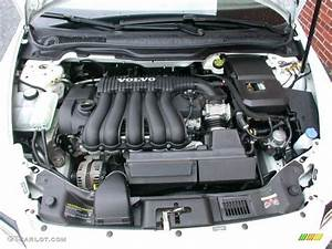 2008 Volvo V50 2 4i Engine Photos