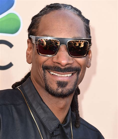 Snoop dogg) — американский рэпер, продюсер и актёр. Snoop Dogg Net Worth 2018   How They Made It, Bio, Zodiac, & More
