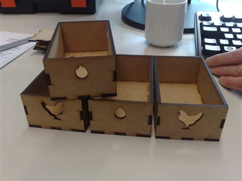scripting a drawer hack van de dam