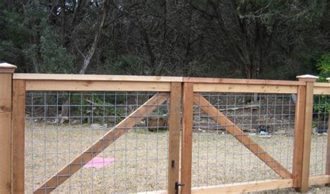 Pictures Of Cattle Panel Fencing Or Livestock Fencing