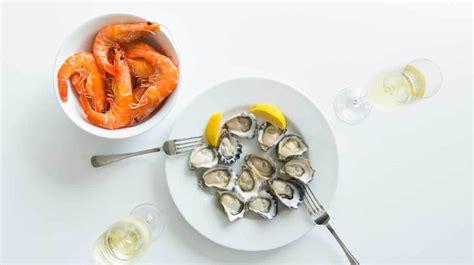 shellfish types nutrition benefits  dangers