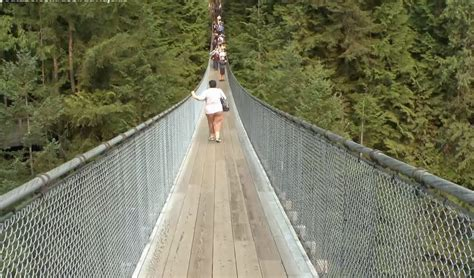 Capilano Suspension Bridge Park Vancouver Youtube