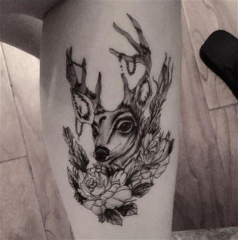 Tete De Cerf Tatouage Tatouage Temporaire Et 233 Ph 233 M 232 Re T 234 Te De Cerf
