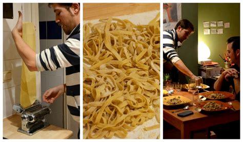 cours de cuisine bruxelles mains à la pâte cours de cuisine italienne à domicile à