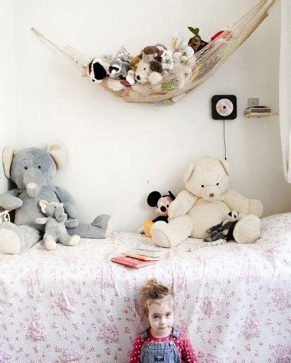hamac pour chambre coin peluche pour cette chambre d 39 enfant idée rangement