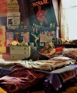 Stoner Room Decor Ideas by Floor Bed Hipster Bedrooms Pinterest Chloe Hippie