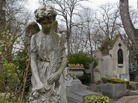 Le Père La Chaise by Top Three Spooky Destinations Of Europe World For Travel