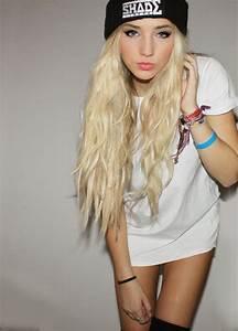 Long blonde hairstyles tumblr - Hairstyle for women & man