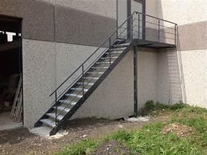 Escalier Exterieur Metal : escalier m tallique ext rieur frameries hc m tal ~ Voncanada.com Idées de Décoration