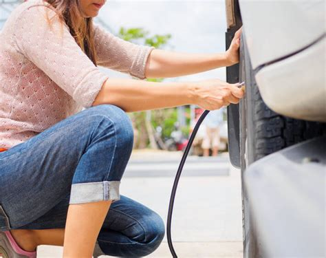 Easy, Everyday Ways To Reduce Tire Wear